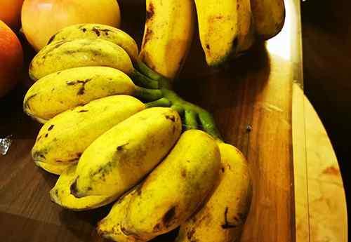 香蕉皮的作用 香蕉皮擦脸有什么好处